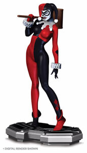DC Comics Icons Harley Quinn Statue available in store!