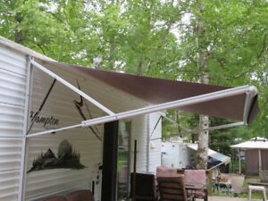 ELECTRIC AWNING - REDUCED MUST GO
