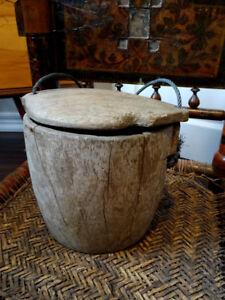PRIMITIVE old ANTIQUE CHINESE ASIAN grain rice bucket RARE