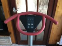 DKN - Concept Sport - Vibe Trainer (vibrating exercise machine)