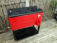 Garden ice box
