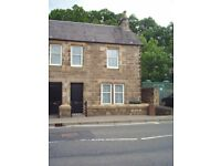 SCONE - BRIGHT ONE DOUBLE BEDROOMED FLAT - OWN FRONT DOOR - DG/CH - ALL WHITE GOODS - PARKING - £395
