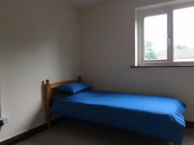 Quality Furnished Bedsit. £85pw includes bills*. Abenbury Rd Wrexham. *DSS WELCOME*