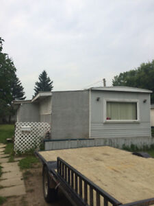 Trailer on Lot, Great Starter or Income property - REDUCED