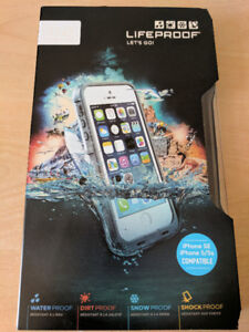 BRAND NEW-LIFEPROOF FRE IPHONE 5/5S/SE-WHITE