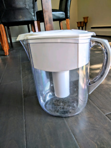Brita water pitcher and filter