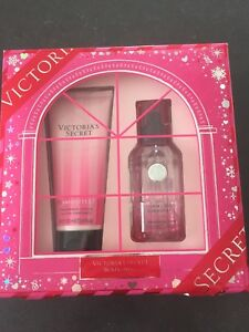 New Victoria secret gift set (perfume and lotion)