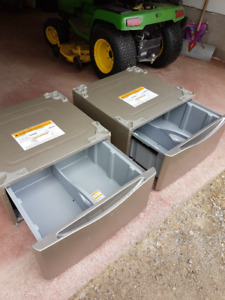 Two Kenmore 27 inch washer / dryer pedestals