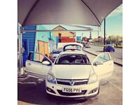 Excellent and ideal first car for a couple sophisticated and economically friendly.