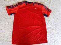 Mens Original Adidas T-shirt Never Used Brand new