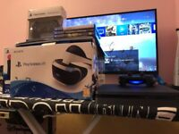 PS4 SLIM WITH 5 GAMES AND VIRTUAL REALITY +2 DUALSHOCK + 2 MOTION CONTROLLERS + CAMERA £550 BARGAIN
