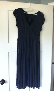 Beautiful Flowy Dress Size Small