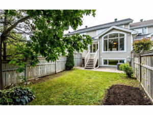 New Listing in Beacon Hill (South)!