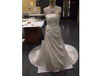 Charlotte Balbier Harriet Wedding Dress & Fake Fur Shrug Size 12