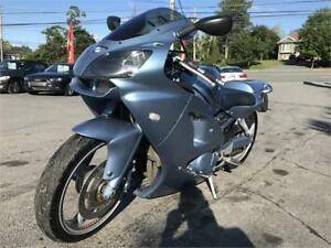 2005 KOWASAKI 900, LOTS OF UPGRADES, AIR RIDE, SOUND SYSTEM