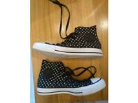 Converse polka dot High Tops Size 6