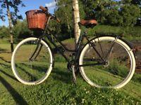 Beautifully refurbished vintage style ladies town bike