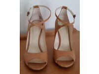 Rockport Women's High-Heel Peep-Toe Shoes (colour warm oak) brand new