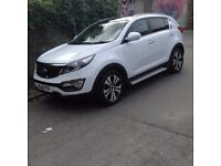 Kia Sportage 2013, excellent condition for year; MOT till June 2018-fully serviced.