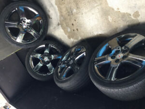 Pontiac Chrome Rims - Set of 4 Very Good Condition with Tires