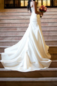 A-Line Strapless Ivory Satin Wedding Dress