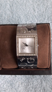 Ladies guess g's watch