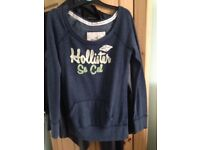 Hollister size small