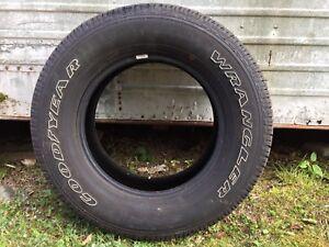 Goodyear Wrangler SR-A Tire - P275/65R18 114T