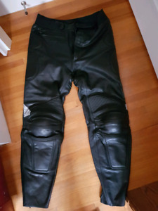 Padded leather HJC motorcycle pants