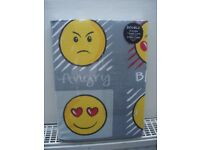 Brand New Emoji Double Bed Duvet Set with 2 Pillow Cases