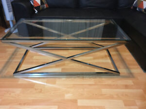 Glass-top coffe table