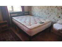 Double mattress pocket sprung memory foam. Very good quality and excellent condition.