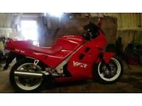 Honda vfr 750rc24