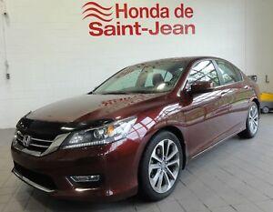 Honda Accord Sport 4 portes à 4 cyl. en ligne automatique Sport