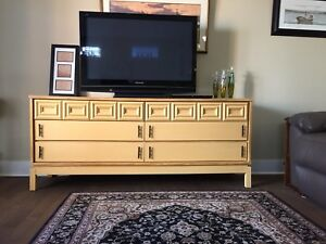 6 DRAWER RETRO SIDE BOARD / BUFFET / DRESSER