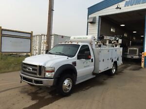 2008 Ford F-550 service truck