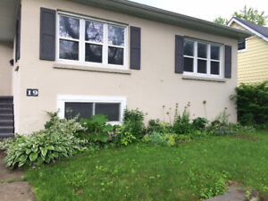 ALL INCLUSIVE Three bdrm bsmt close to SLC/Kingston Center!