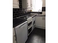 Fully furnished two bedroom flat - Provost Road Dundee - secure entry, full heating, double glazing