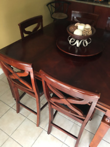 Cherry wood dinning table