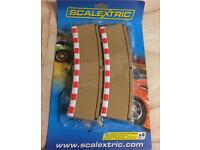 SCALEXTRIC C8224 4x Rad3 Outer Borders Barriers