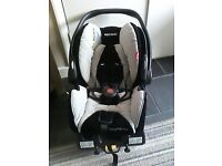 BABY CAR SEAT COMPLETE WITH ISOFIX FOR THE CAR £60