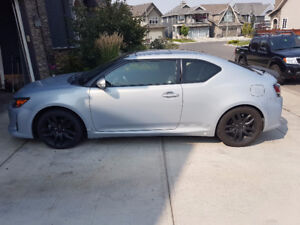 2014 Scion tC 10 Series Coupe (2 door)
