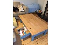 Pine table / coffee table