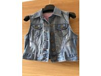 New Look distressed denim cut off jacket size 10