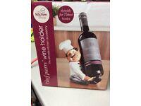 Wine bottle holders