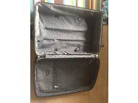 Free suitcase large