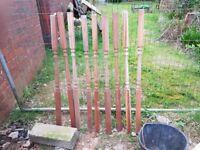 Richard Burbridge Hardwood spindles decking spindles colonial turned unused new x 10