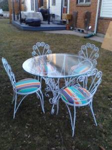 Vintage White wrought iron outdoor dining & lounging