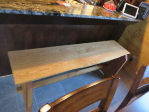 KITCHEN ISLAND bench