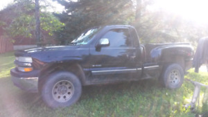 1999 Chevy Silverado Z71 Short Box Stepside